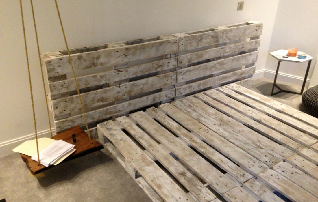 Pallet bed frame pallet furniture uk for Pallet bed frame with side tables