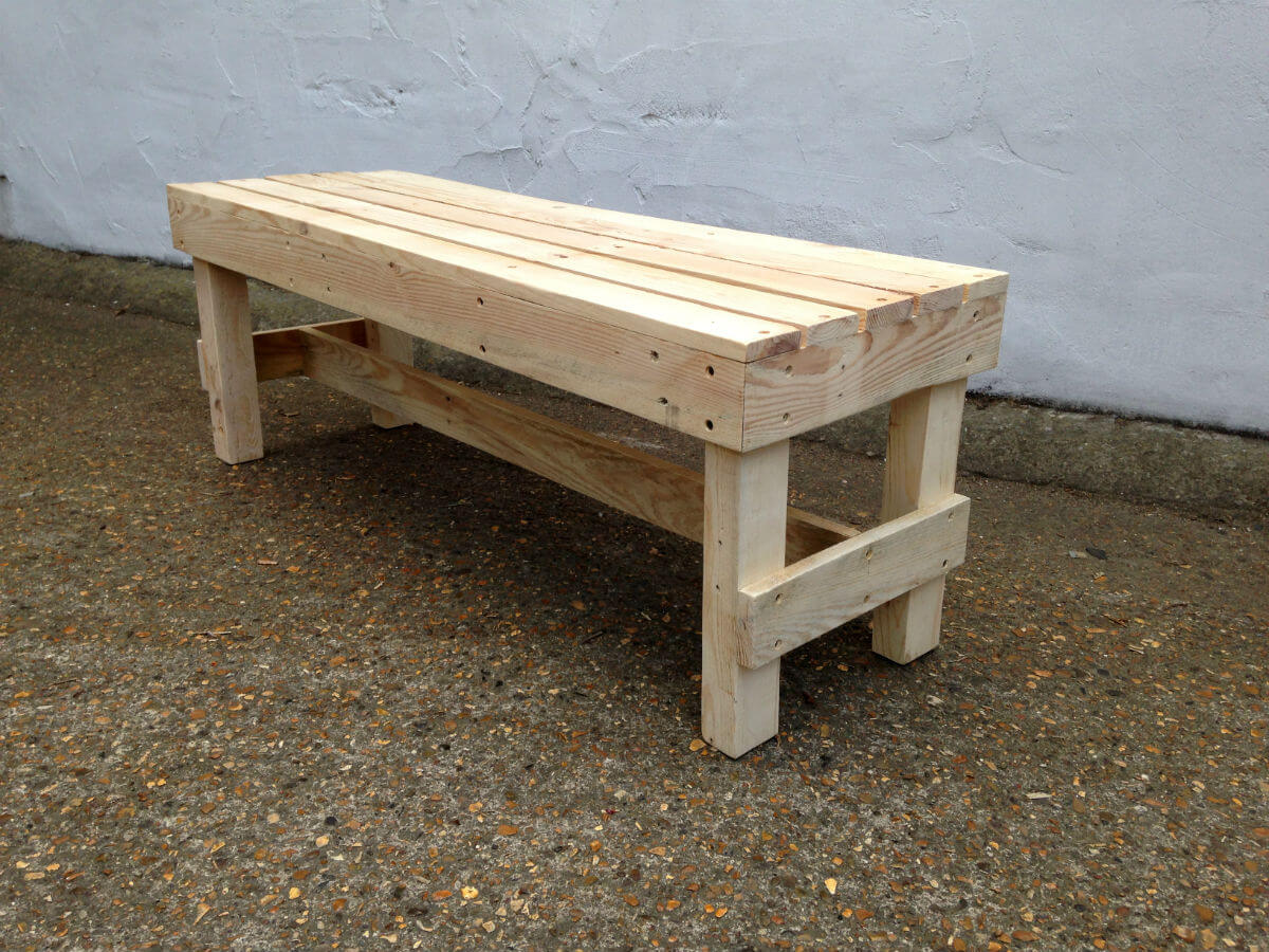 Squared Pallet Bench GasampAir Studios : pallet bench1 from www.gasandairstudios.co.uk size 1200 x 900 jpeg 258kB