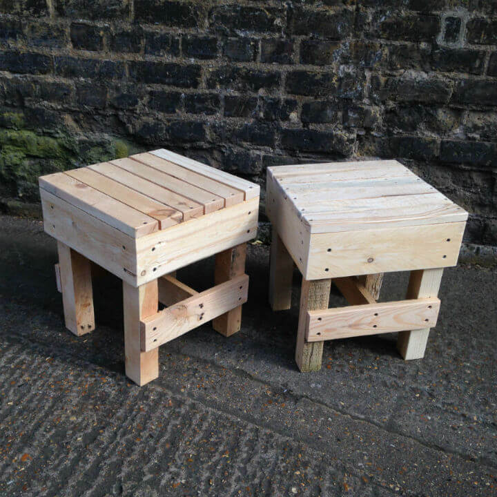 Squared Small Wooden Stool Pallet Furniture