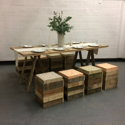 https://www.gasandairstudios.co.uk/wp-content/uploads/2015/11/wedding-table-set-up-hire-500x500.jpg