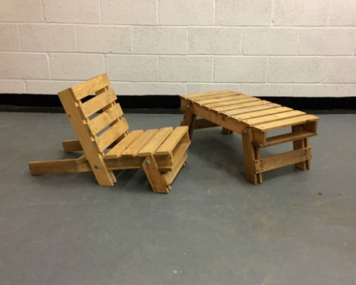 http://www.gasandairstudios.co.uk/wp-content/uploads/2016/02/folding-wooden-chair-hire-2-500x400.jpg