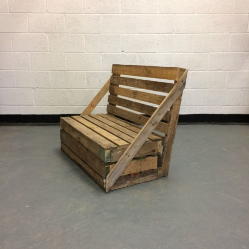 http://www.gasandairstudios.co.uk/wp-content/uploads/2016/03/pallet-sofa-hire-500x500.jpg