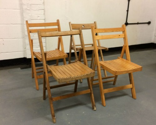 http://www.gasandairstudios.co.uk/wp-content/uploads/2016/07/wooden-folding-chair-hire-500x400.jpg