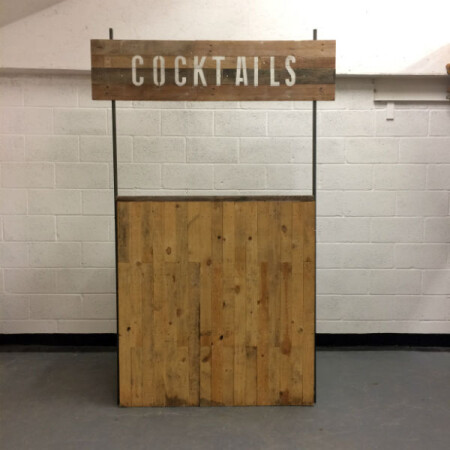 http://www.gasandairstudios.co.uk/wp-content/uploads/2016/08/cocktail-bar-hire-1-450x450.jpg