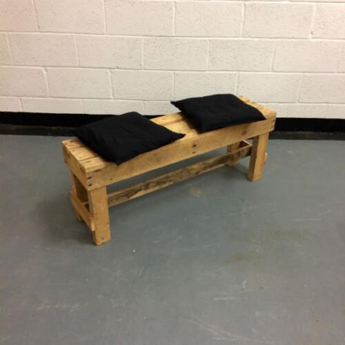 http://www.gasandairstudios.co.uk/wp-content/uploads/2017/01/cushion-hire-500x500.jpg