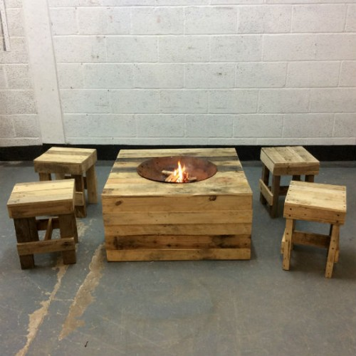 http://www.gasandairstudios.co.uk/wp-content/uploads/2017/03/fire-pit-hire-500x500.jpg