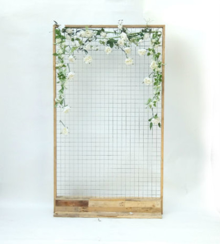 http://www.gasandairstudios.co.uk/wp-content/uploads/2019/01/flower-wall-hire-450x500.jpg